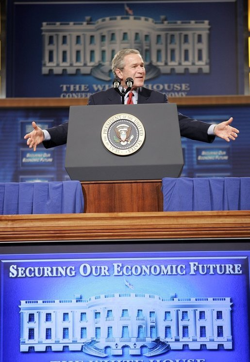 President George W. Bush speaks at the White House Conference on the Economy at the Ronald Reagan Building in Washington, D.C., on Thursday, Dec. 16, 2004. White House photo by Paul Morse.