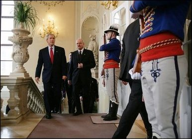 During his visit to the Presidential Palace in Bratislava, President George W. Bush walks with Slovak President Ivan Gasparovic Thursday, February 24, 2005. White House photo by Susan Sterner