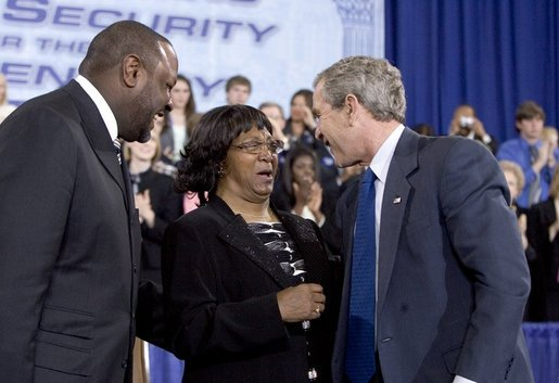President George W. Bush and retiree Helen Lyons discuss Social Security during his visit to Shreveport, La., Friday, March 11, 2005. White House photo by Paul Morse