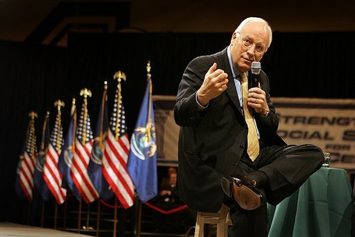 Vice President Dick Cheney discusses strengthening Social Security during a town hall meeting at Kellogg Community College in Battle Creek, Mich., Thursday, March 24, 2005. White House photo by David Bohrer