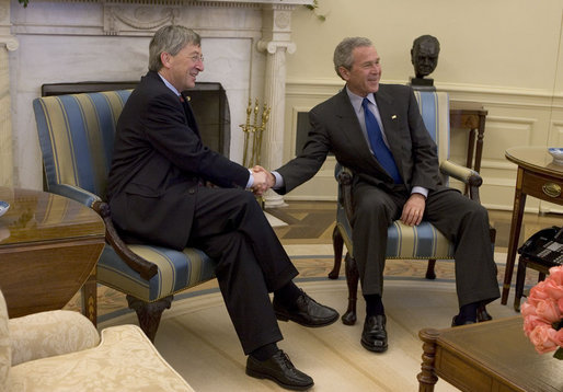 President George W. Bush meets with the Prime Minister Jean-Claude Juncker of Luxembourg in the Oval Office Friday, April 15, 2005. White House photo by Krisanne Johnson