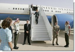 Laura Bush disembarks Air Force One May 20, 2005 at the Queen Alia airport in Amman, Jordan, beginning a five-day tour of Jordan, Israel and Egypt. Mrs.Bush traveled to Jordan to address the World Economic Forum at the Dead Sea May 21.  White House photo by Krisanne Johnson