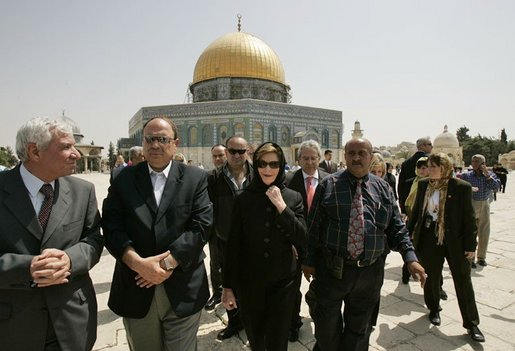 Laura Bush departs the Dome of the Rock after taking a tour of the shrine in the Muslim Quarter of the Old City of Jerusalem, Sunday, May 22, 2005. White House photo by Krisanne Johnson