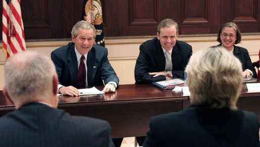 President George W. Bush, joined by Dan Bartlett, Counselor to the President, meets with members of the Radio-Television News Directors Association for a roundtable discussion Wednesday, June 1, 2005, at the Eisenhower Executive Office Building. White House photo by Paul Morse