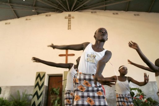 Dancers perform at Kagarama Church in Kigali, Rwanda, Thursday, July 14, 2005, during a visit by Laura Bush. White House photo by Krisanne Johnson
