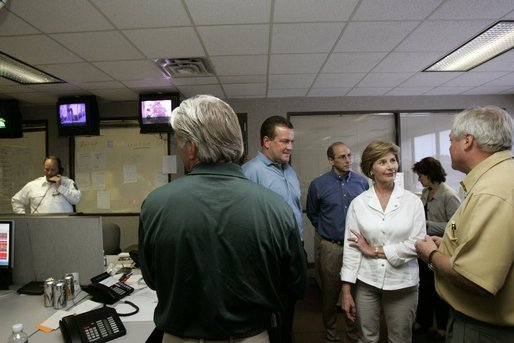 Laura Bush meets with first responders to Hurricane Katrina at the Acadian Ambulance Center in Lafayette, La., Friday, Sept. 2, 2005. White House photo by Krisanne Johnson