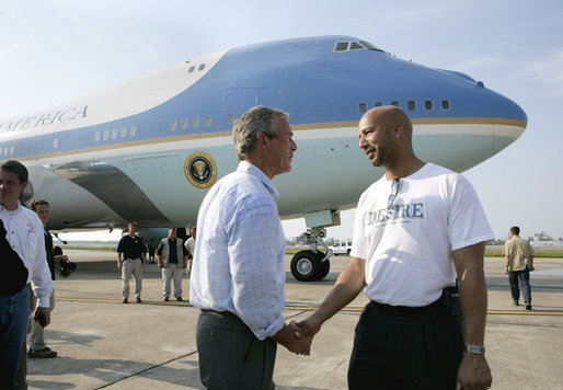 President George W. Bush says goodbye to New Orleans Mayor Ray Nagin Friday, Sept. 2, 2005, before boarding Air Force One for the return trip to Washington D.C., after spending the day touring the Gulf Coast and those areas left devastated by Hurricane Katrina. White House photo by Eric Draper