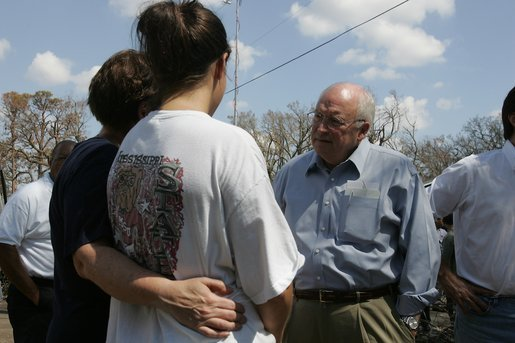 Vice President Dick Cheney talks with residents of a Gulfport, Mississippi neighborhood Thursday, September 8, 2005. The neighborhood was damaged by Hurricane Katrina, which hit both Louisiana and Mississippi on August 29th. White House photo by David Bohrer