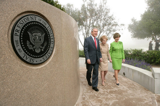 President George W. Bush, Nancy Reagan and Laura Bush tour the grounds of the Ronald Reagan Presidential Library in Simi Valley, Calif., where they attended ceremonies, Friday, Oct. 21, 2005 for the opening of the Air Force One Pavilion. White House photo by Eric Draper
