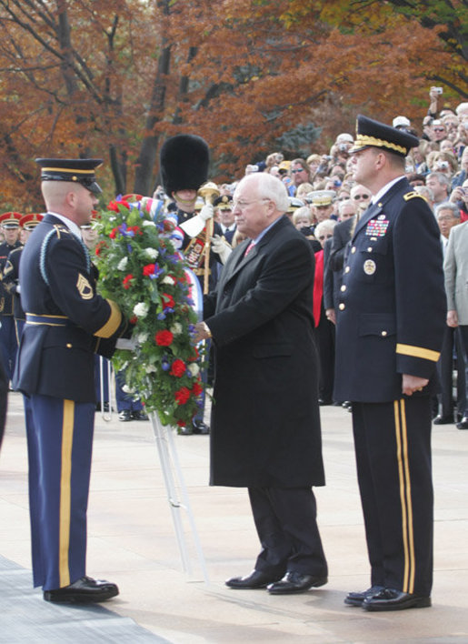Vice President Dick Cheney stands with Major General Swan, Friday, Nov. 11, 2005, as he places a wreath during Veterans Day ceremonies at Arlington National Cemetery in Arlington, Va. White House photo by David Bohrer