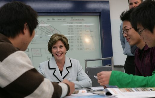 Mrs. Laura Bush speaks with students at the Gyeongju English Village Thursday, Nov. 17, 2005, in Gyeongju, Korea. White House photo by Shealah Craighead