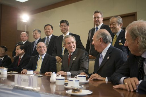 President George W. Bush and fellow APEC leaders participate in a dialogue with members of the APEC Business Advisory Council Friday, Nov. 18, 2005, prior to the opening of the 2005 APEC conference. White House photo by Paul Morse