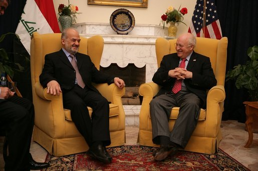 Vice President Dick Cheney meets with Iraqi Prime Minister Jafari, US Ambassador to Iraq Zalmay Khalilzad, and US delegation members inside the Green Zone, Sunday Dec. 18, 2005. White House photo by David Bohrer