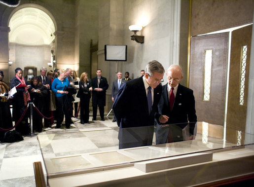 President George W. Bush views the Emancipation Proclamation with Allen Weinstein, Archivist of the United States, at the National Archives in Washington, D.C., Monday, January 16, 2006. White House photo by Eric Draper