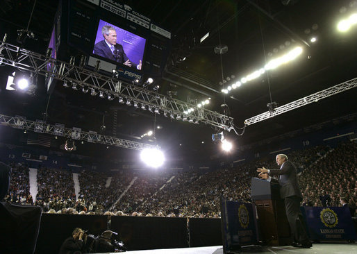 President George W. Bush discusses the War on Terror with a crowd of about 9,000 people at Kansas State University in Manhattan, Kan., Monday, Jan. 23, 2006. White House photo by Eric Draper