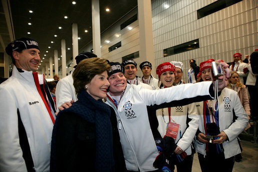 Laura Bush poses for photos with 2006 U.S. Winter Olympic athletes in Turin, Italy, Friday, Feb. 10, 2006 before the Opening Ceremony. White House photo by Shealah Craighead