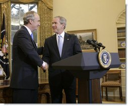 President George W. Bush and Idaho Gov. Dirk Kempthorne exchange handshakes in the Oval Office after the President announced Thursday, March 16, 2006, his intention to nominate the Governor to be Secretary of the Interior. White House photo by Paul Morse