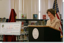 Mrs. Laura Bush announces a Striving Readers grant to Newark Public Schools, during her visit to the Avon Avenue Elementary School, Thursday, March 16, 2006 in Newark, N.J. The Striving Readers grant will be used to support programs to improve students reading skills and become proficient at grade level.  White House photo by Shealah Craighead