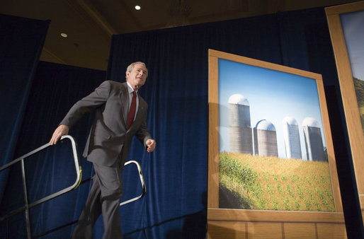 President George W. Bush acknowledges the applause Tuesday, April 25, 2006, as he arrives on stage at the Marriott Wardman Park Hotel in Washington, D.C., where he made remarks on energy to the Renewable Fuels Association. White House photo by Paul Morse