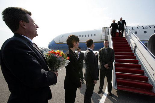 Officials from the United States and Lithuania line up on the tarmac to greet Vice President Dick Cheney and his wife Lynne Cheney upon their arrival Wednesday, May 3, 2006 to Vilnius, Lithuania. The Vice President's visit to Vilnius is the first stop in a three-nation, six-day trip that includes bilateral meetings with leaders of the Baltic and Black Sea regions at the Vilnius Conference 2006. White House photo by David Bohrer