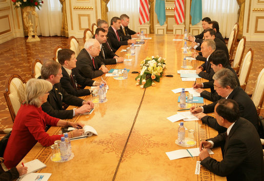 Vice President Dick Cheney, Kazakh President Nursultan Nazarbayev and delegations from the US and Kazakhstan conduct a bilateral meeting at the Presidential Palace in Astana, Kazakhstan, Friday, May 5, 2006. White House photo by David Bohrer