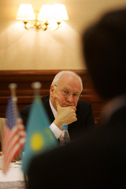 Vice President Dick Cheney listens as leaders of Kazakh opposition political parties share their ideas regarding political and economic reform and the advancement of democracy in Kazakhstan, Saturday, May 6, 2006, during a breakfast meeting in Astana. White House photo by David Bohrer
