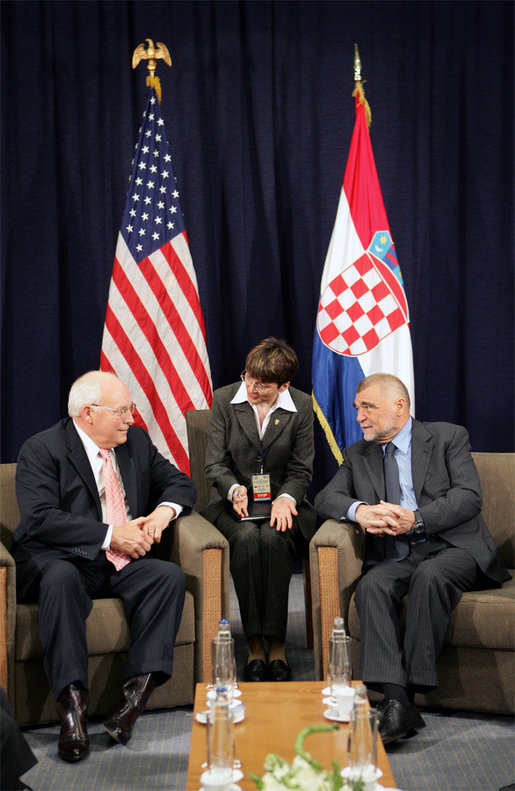 Vice President Dick Cheney meets with Croatian President Stjepan Mesic, Saturday, May 6, 2006 in the southern coastal city of Dubrovnik, Croatia. The Vice President's visit to Croatia is the last stop on a three-country trip. White House photo by David Bohrer