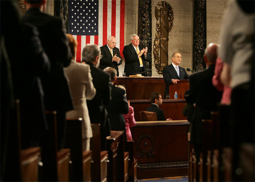 Led by Vice President Dick Cheney, members of Congress applaud Prime Minister Ehud Olmert of Israel, Wednesday, May 24, 2006, during a Joint Meeting held at the U.S. Capitol in Prime Minister Olmert's honor. White House photo by David Bohrer