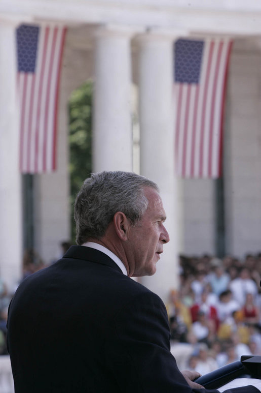 President George W. Bush delivers remarks during a Memorial Day ceremony held at the Arlington National Cemetery amphitheatre in Arlington, Va., Monday, May 29, 2006. White House photo by Paul Morse