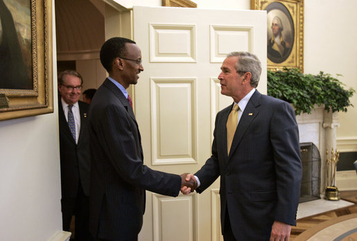 President George W. Bush welcomes President Paul Kagame of Rwanda to the Oval Office Wednesday, May 31, 2006. White House photo by Paul Morse