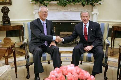 President George W. Bush meets with Senior Minister Goh Chok Tong of Singapore in the Oval Office of the White House, Friday, June 2, 2006. White House photo by Kimberlee Hewitt
