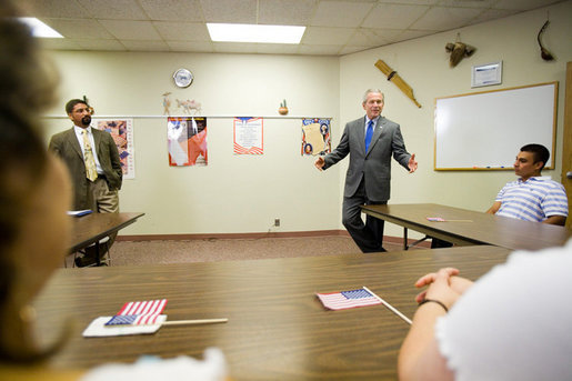 President George W. Bush visits with a U.S. citizenship class at Catholic Charities – Juan Diego Center in Omaha, Nebraska, Wednesday, June 7, 2006. White House photo by Eric Draper