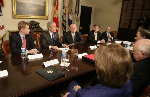 President George W. Bush meets with seven of the nation's governors in the Roosevelt Room at the White House Thursday, June 8, 2006, to discuss the Line Item Veto. President Bush, seen seated between Governor Matt Blunt, R-Mo., left, and Governor Sonny Perdue, R-Ga., right, also met with Governor Kathleen Blanco, D-La., Governor Tim Kaine, D-Va., Governor Bill Owens, R-Co., Governor Bob Riley, R-Al., and Governor Jeb Bush, R-Fla. White House photo by Kimberlee Hewitt