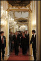 President George W. Bush is welcomed to Hofburg Palace in Vienna Wednesday, June 21, 2006, by Austria's President Heinz Fischer. White House photo by Paul Morse