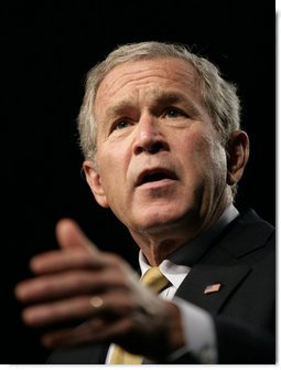 President George W. Bush delivers his remarks on the global war on terror during a visit Thursday, Sept. 7, 2006, to Atlanta.  White House photo by Eric Draper