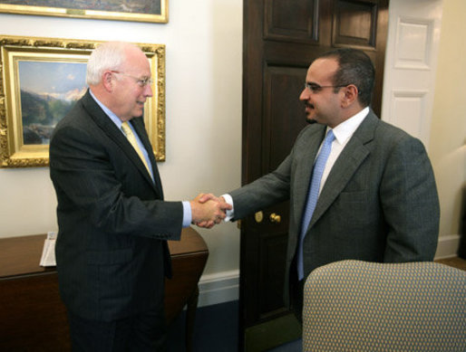 Vice President Dick Cheney welcomes the Bahraini Crown Prince Shaikh Salman bin Hamad al-Khalifa, Commander of the Bahrain Defense Force, for a meeting at the White House, Tuesday, September 12, 2006. White House photo by David Bohrer