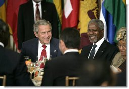 President George W. Bush is seated next to Secretary-General Kofi Annan during a luncheon of world leaders Tuesday, Sept. 19, 2006, at the United Nations, where the President later addressed the 61st General Assembly. White House photo by Eric Draper