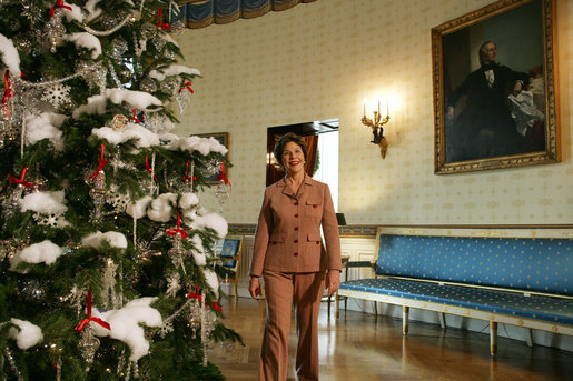 Mrs. Laura Bush presents the White House Christmas Tree to the press in the Blue Room Thursday, Nov. 30, 2006. The tree is an 18-foot, 6-inch Douglas fir and was presented by Francis and Margaret Botek and their children, of the Crystal Spring Tree Farm in Lehighton, Pa. White House photo by Shealah Craighead