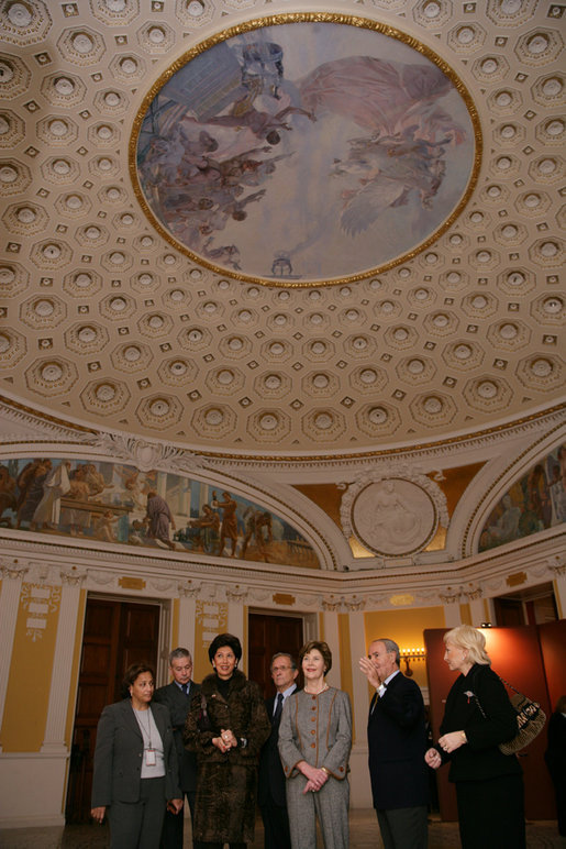 Mrs. Laura Bush is joined by, from left, Jo Ann Jenkins, chief operating officer of the Library of Congress; Italian Ambassador to the U.S. Giovanni Castellaneta and his wife, Lila Castellaneta; Pier Francesco Guarguaglini, chairman and CEO of Finmeccancia; professor Paolo Galluzzi, the director of the National Museum of History of Science in Florence, Italy, and Marina Grossi, wife of Pier Francesco Guarguaglini and CEO of SELEX Sistemi Ingrati, during a tour of Leonardo Da Vinci's drawing and painting of The Adoration of the Magi, Thursday, Dec. 7, 2006 at the Library of Congress in Washington, D.C. White House photo by Shealah Craighead