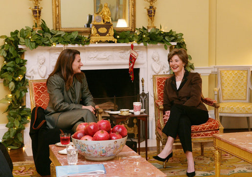 Mrs. Laura Bush and Mrs. Melinda Gates meet Thursday morning, Dec. 14, 2006, during a coffee hosted by Mrs. Bush at the White House, prior to their participation at the White House Summit on Malaria. White House photo by Shealah Craighead