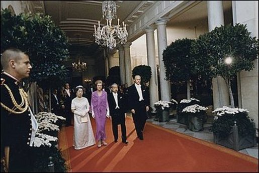 President Gerald Ford and Mrs. Ford escort Japanese Emperor Hirohito and Empress Nagako down the red carpet prior to a state dinner on October 2, 1975. Photo courtesy Gerald R. Ford Presidential Library
