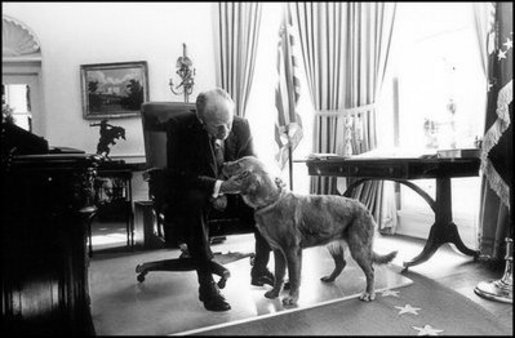 President Gerald Ford with his golden retriever, Liberty, in the Oval Office in 1974. Photo courtesy Gerald R. Ford Presidential Libary