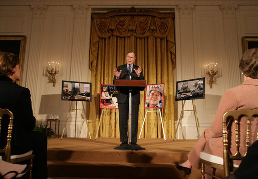 Former President George H.W. Bush speaks at the presentation of the Hugh S. Sidey Scholarship in print journalism in the East Room Friday, Jan. 26, 2007. The scholarship is named for Time Magazine correspondent Hugh Sidey and was presented to Fred Love, a journalism student at Iowa State University. White House photo by Shealah Craighead