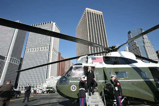 President George W. Bush arrives on Wall Street in New York City via Marine One Wednesday, Jan. 31, 2007. White House photo by Paul Morse