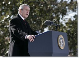 President George W. Bush addresses visitors and guests at the Mount Vernon Estate of President George Washington, Monday Feb. 19, 2007 in Mount Vernon, Va., in honor of President Washington's 275th birthday.  White House photo by Eric Draper