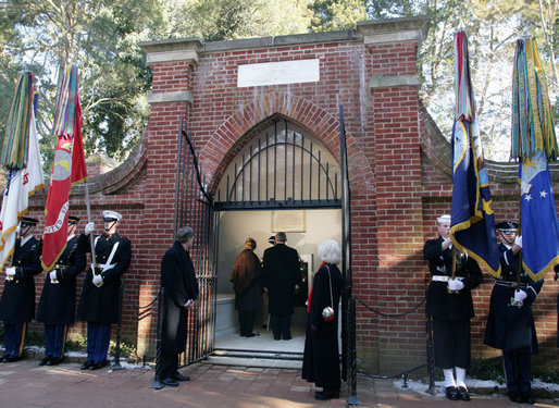 President George W. Bush and Mrs. Laura Bush are seen inside the tomb of President George Washington and Martha Washington, Monday, Feb. 19, 2007, at the Mount Vernon Estate in Mount Vernon, Va., during a wreath presentation to mark the 275th birthday of President Washington. White House photo by Shealah Craighead