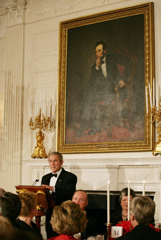 President George W. Bush addresses his remarks during the State Dinner in honor of the Nation's Governors at the White House, Sunday evening, Feb. 25, 2007. White House photo by Shealah Craighead