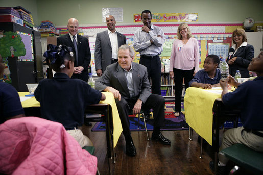 "President George W. Bush meets with students at the Samuel J. Green charter school in New Orleans, Thursday, March 1, 2007, during President Bush's visit to the Gulf Coast region to see the continued recovery progress of communities devastated by Hurricane Katrina. President Bush is joined on his visit by Louisiana Lt. Gov. Mitch Landrieu, left, New Orleans Mayor Ray Nagin, Dr. Anthony ""Tony"" Recasner, principal and director of the charter school, teachers Alice ""Christy"" Kane and Maria Cerda, right. White House photo by Eric Draper"