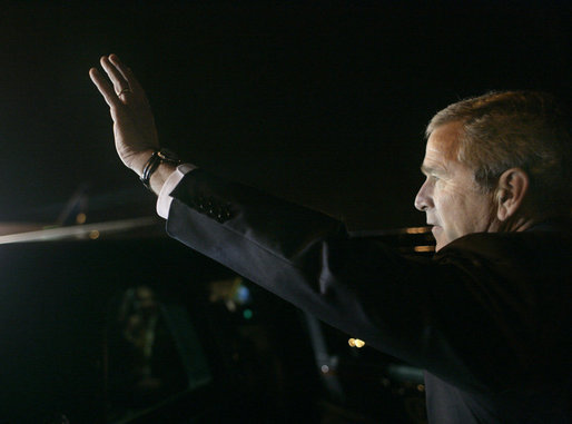 President George W. Bush waves upon arrival at Guarulhos International Airport aboard Air Force One in Sao Paulo, Brazil, March 8, 2007, the first stop of the President and Mrs. Laura Bush's week-long trip to Latin America. White House photo by Eric Draper