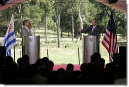 President George W. Bush and Uruguay's President Tabare Vazquez hold a joint press availability Saturday, March 10, 2007, at Estancia Anchorena, the presidential retreat.  White House photo by Paul Morse